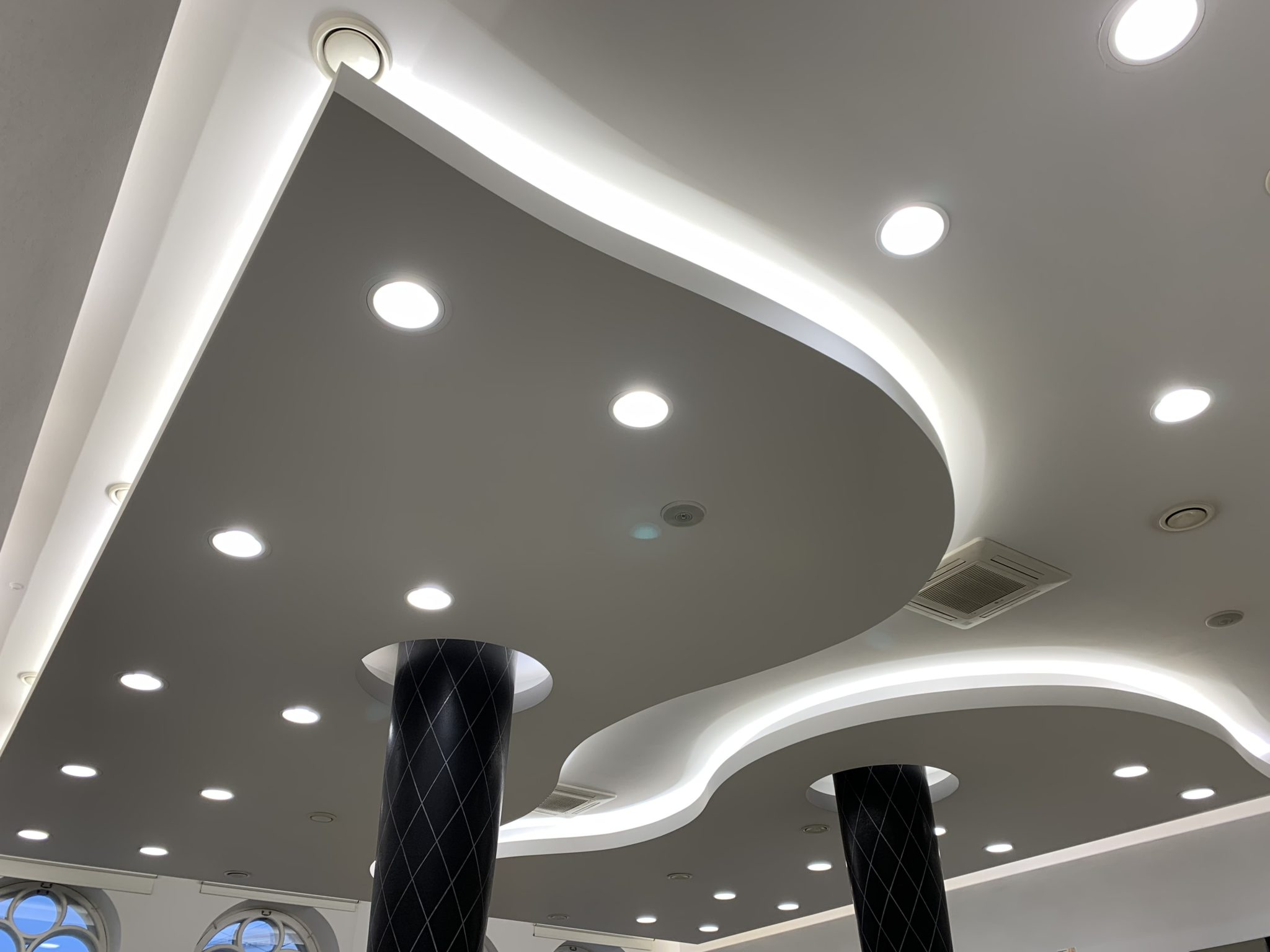 "Philips Led spots and ceiling lighting for beauty salon ""Rīga Top Hair"""