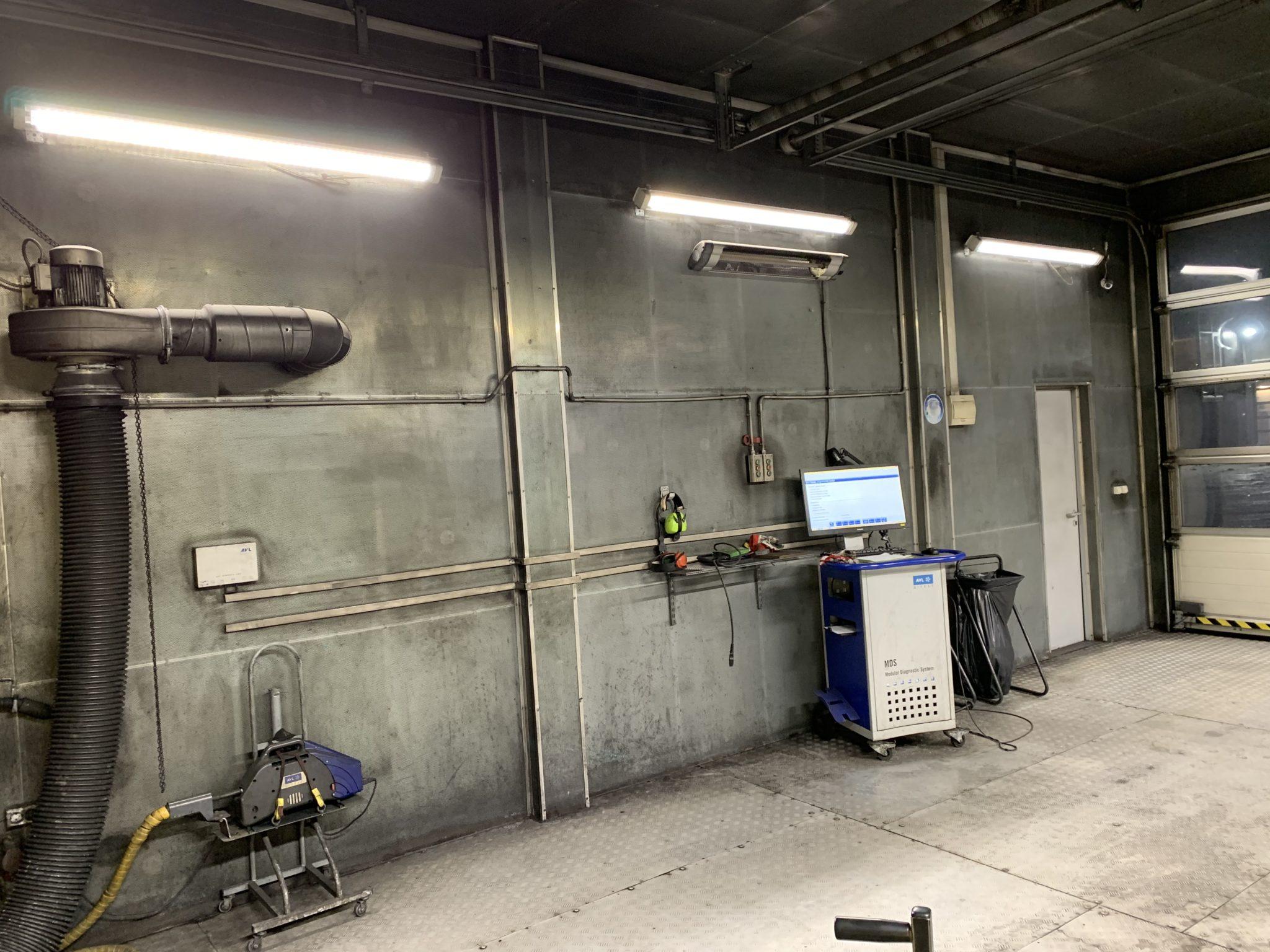 Philips Led luminaires iluminating car technical inspection station